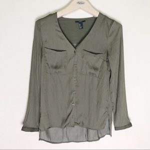 Forever 21 army green long sleeves blouse S
